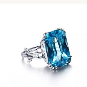 Jewelry - New 925 London Blue Topaz Exquisite ring